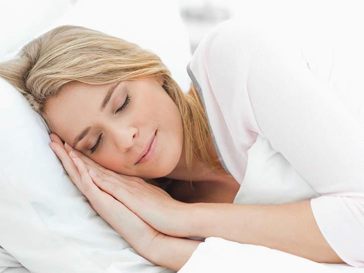 Lựa chọn tư thế ngủ thoải mái để phòng ngừa bệnh