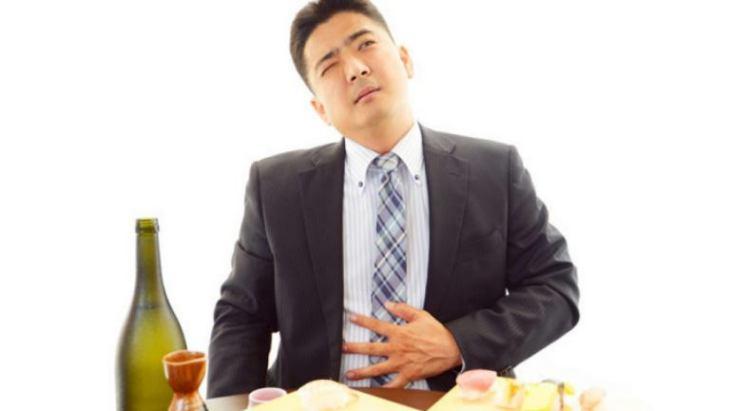 Các nguyên nhân gây ợ chua sau khi ăn