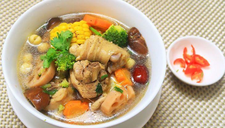 Nấu canh thịt gà nấm vừa dễ làm lại vừa ngon