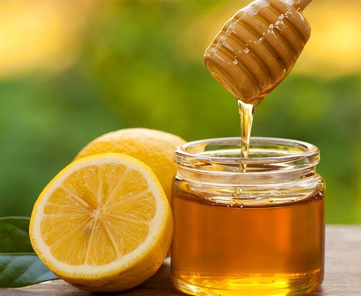 Trong mật ong có chứa nhiều hoạt chất có lợi cho sức khỏe răng miệng