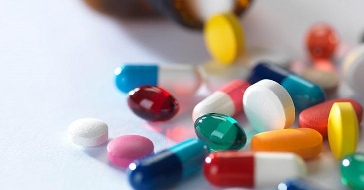 Hiện nay có thể dễ dàng tìm mua các loại thuốc giúp giảm đau cổ