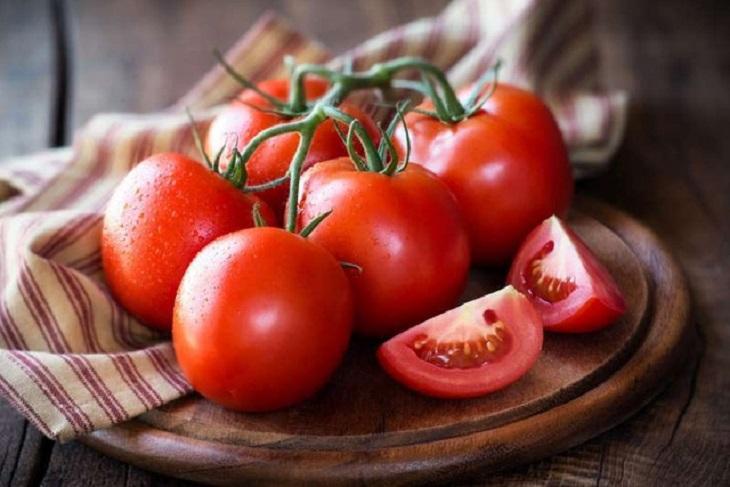 Người mắc bệnh đau dạ dày có được ăn cà chua không? Tại sao?