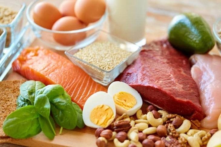 Người bệnh nên bổ sung các loại thực phẩm chứa chất điện giải như Kali, Canxi, Magie, Natri...