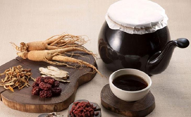 Các bài thuốc Đông y đều có thành phần từ thảo dược thiên nhiên nên vô cùng an toàn, không gây ra tác dụng phụ