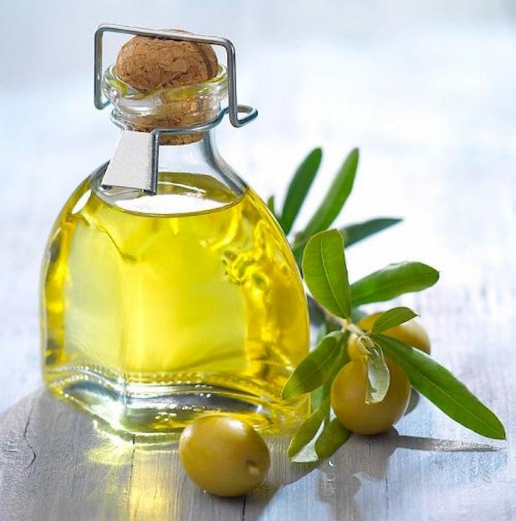 Dầu oliu tốt cho làn da thô ráp