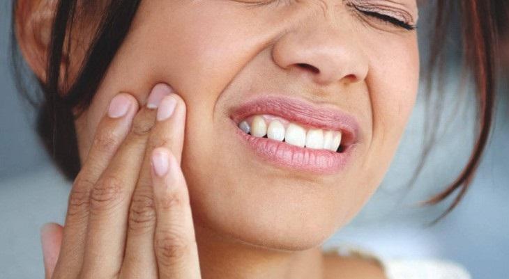 Bạn có thể chữa đau răng bằng cách bấm huyệt