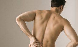 Đau thắt lưng trái ở nam giới nguy hiểm không? Điều trị thế nào?