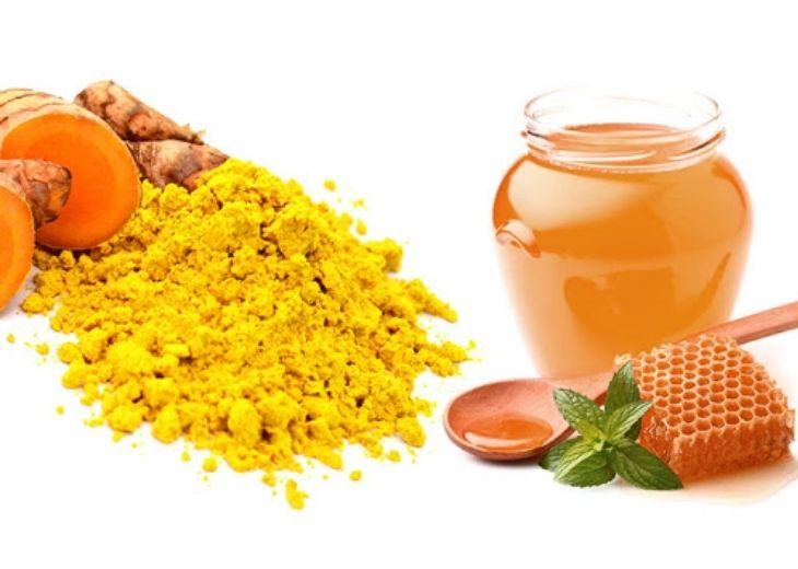 Thuốc điều trị tê bì chân tay từ nghệ và mật ong