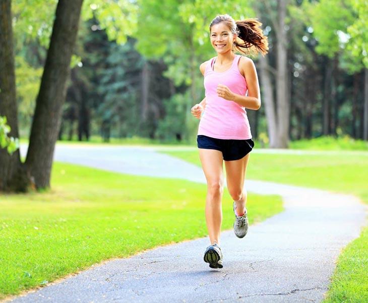 Đi bộ giúp rèn luyện sức khỏe và giảm cân hiệu quả