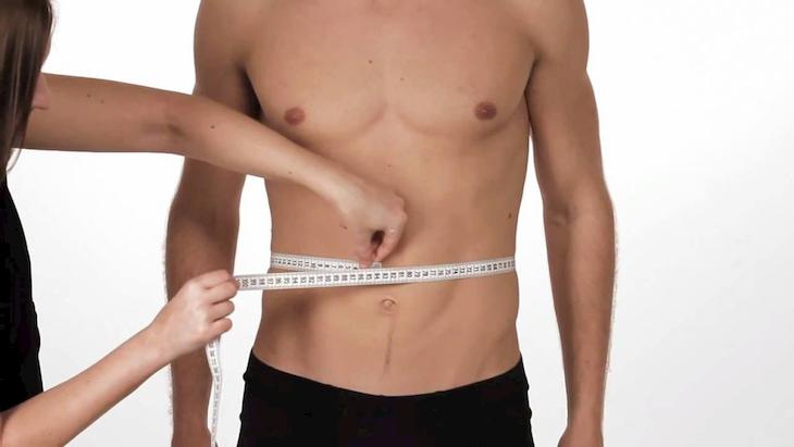 Theo dõi vòng hai thường xuyên để giám sát hiệu quả quá trình giảm mỡ bụng