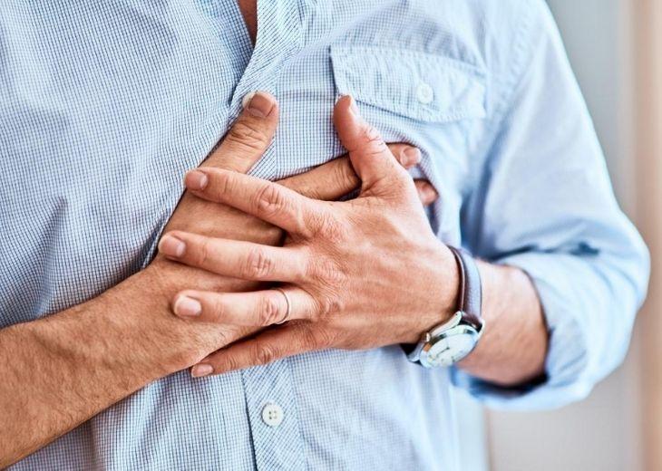 Huyệt đản trung có tác dụng trị đau ngực