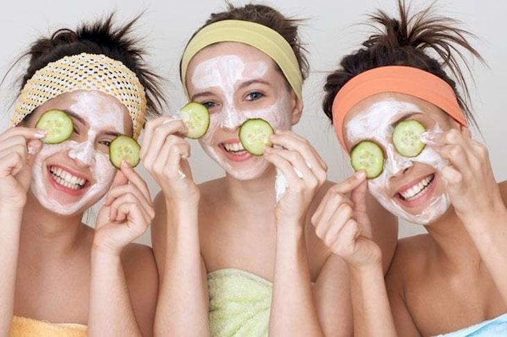 Đắp mặt nạ gì cho da khô tăng tiết bã nhờn