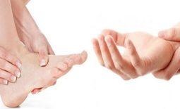 Tê tay, tê chân sau sinh mổ - Nguyên nhân và cách xử lý an toàn cho các mẹ