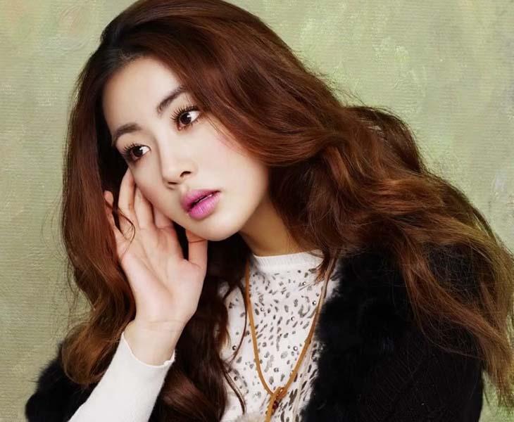 Kang So Ra là sao Hàn có lượng fan đông đảo ở xứ sở kim chi