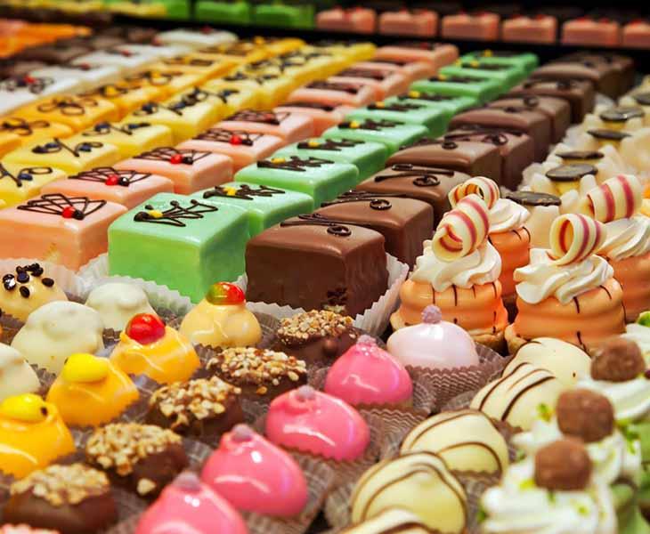 Áp dụng thực đơn KETO cần tránh các thực phẩm có lượng đường cao