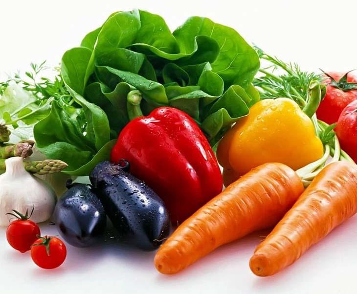 Rau xanh và củ quả là những thực phẩm cần thiết cho việc giảm cân