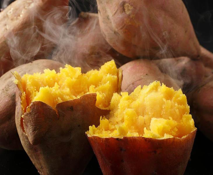 Thực đơn giảm cân với khoai lang nên sử dụng vào buổi sáng hoặc buổi trưa