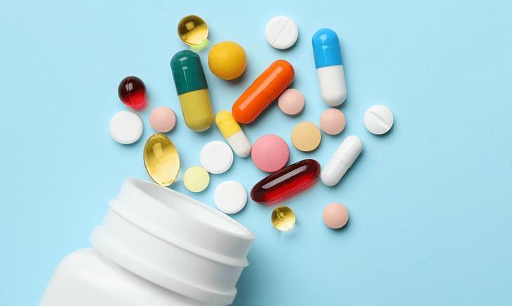 Điều trị viêm da tiết bã bằng thuốc Tây y dạng viên uống