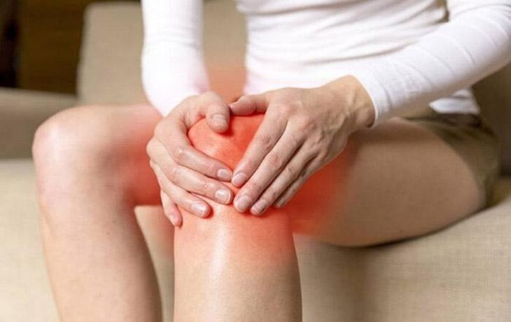 Sưng đỏ khớp có thể điều trị tại nhà