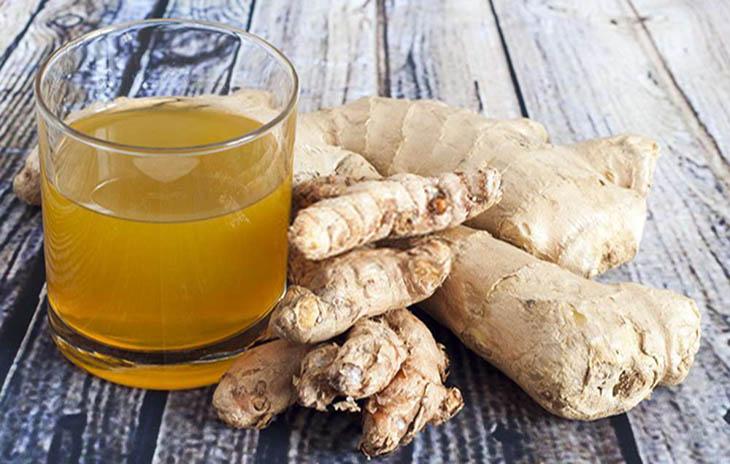 Bài thuốc trị lạnh bụng cần kết hợp uống nước gừng