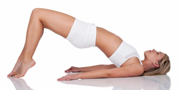 Nâng hông giúp nhóm cơ bụng trên, dưới và cả cơ mông đều được phát triển.