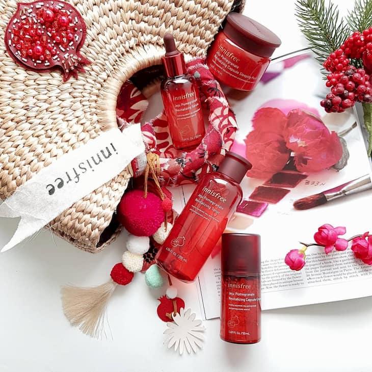Bộ mỹ phẩm Jeju Pomegranate Revitalizing