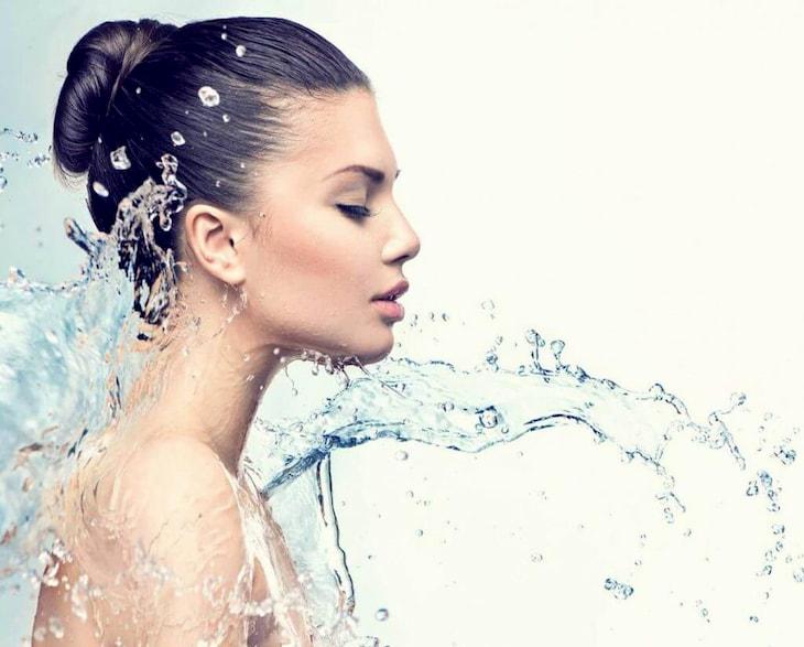 Tăng cường cấp ẩm khi da khô nứt nẻ như da rắn