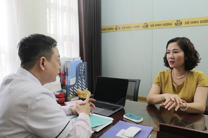 Nữ diễn viên tin tưởng tới khám, chữa mề đay tại Đỗ Minh Đường
