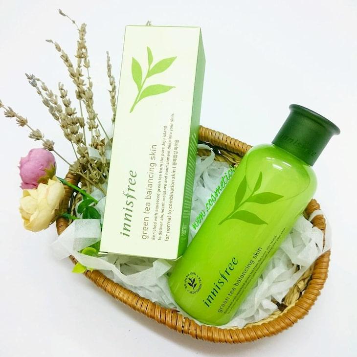 Innisfree Green Tea Balancing Skin tinh chất trà xanh đậm đặc