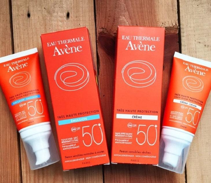 Avene Very High Protection Cream là dòng sản phẩm lọt top những kem chống nắng cho da khô mụn tốt nhất