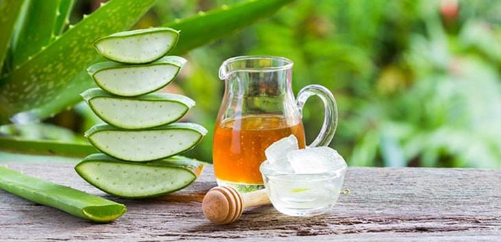 Hỗn hợp nha đam và mật ong có tác dụng cấp ẩm nhanh chóng cho da