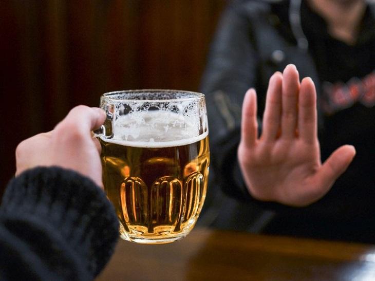 Không nên sử dụng đồ uống có cồn khi đang điều trị bệnh.