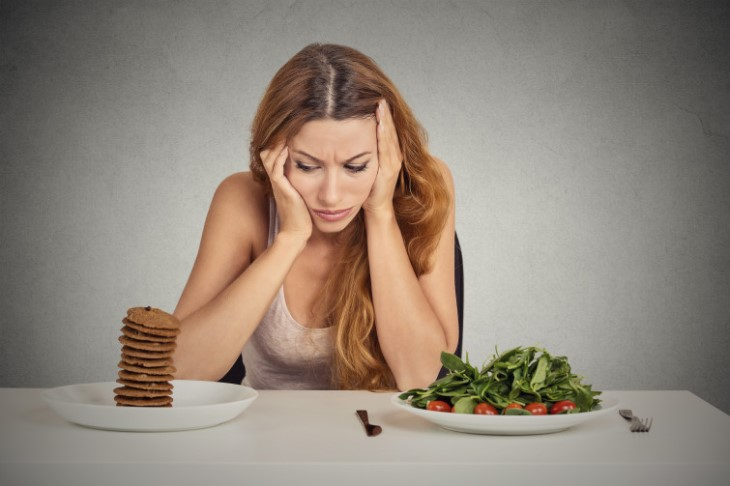 Người bệnh suy thận trước thận cảm thấy chán ăn, mệt mỏi