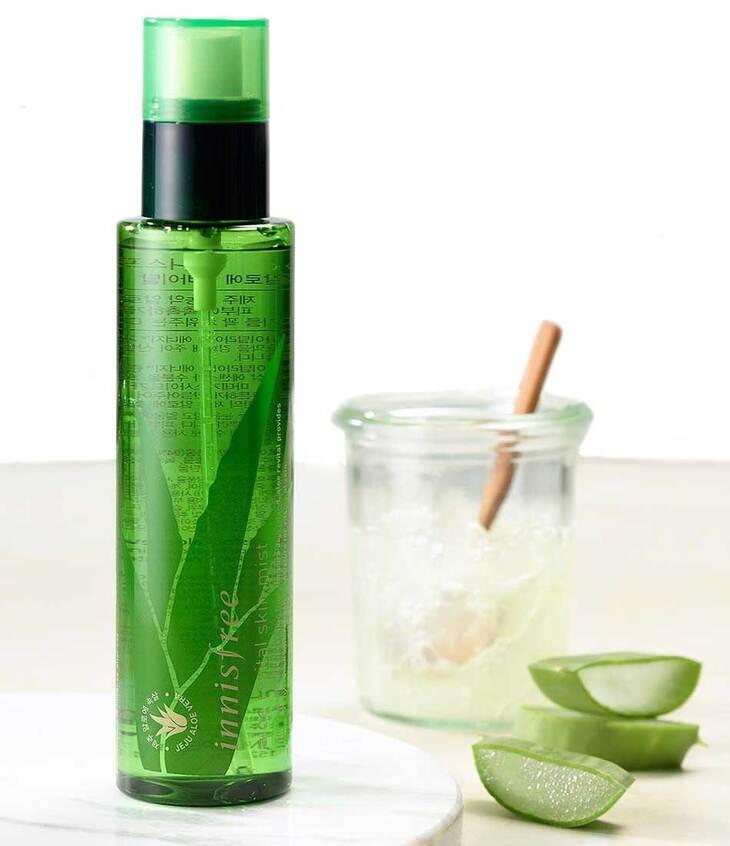 Aloe Revital Skin Mist với 94% chiết xuất nha đam