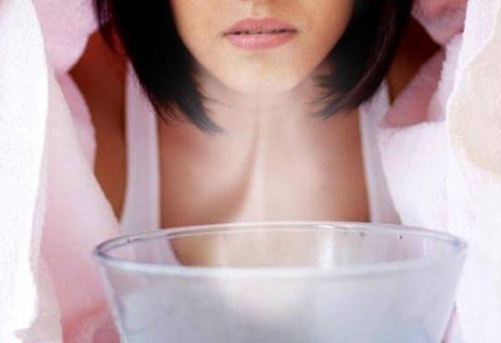 Dùng nước ở nhiệt độ vừa phải, tránh làm bỏng da