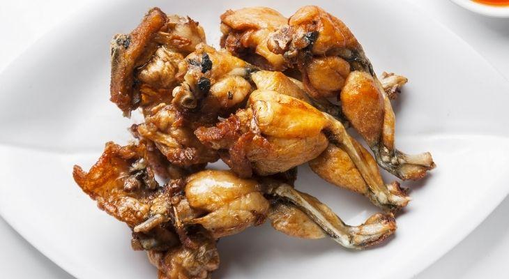 Thịt ếch làm gián đoạn quá trình đào thảo axit uric