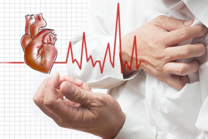 Chèn ép tim cấp gây ngừng tuần hoàn ở bệnh nhân