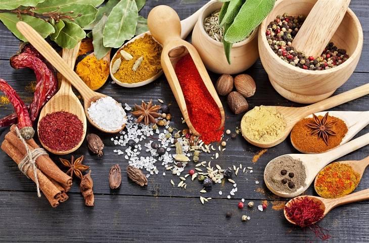 Các bài thuốc Đông y hỗ trợ giảm sưng viêm, đau nhức ở khớp