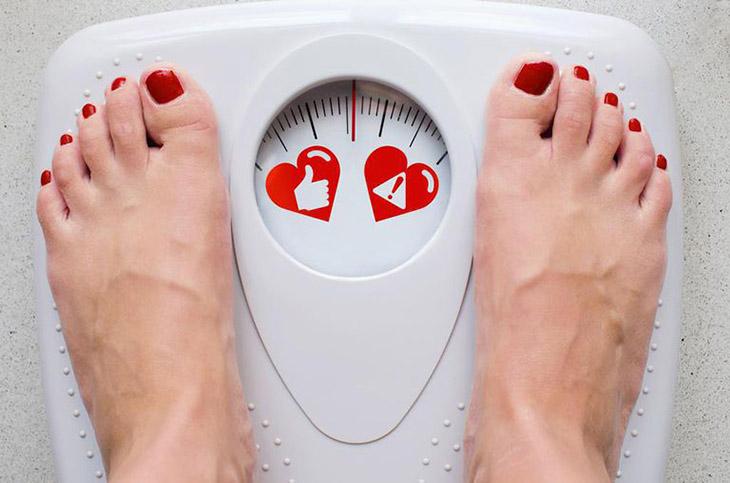 Tăng giảm cân đột ngột làm mất cân bằng nội tiết