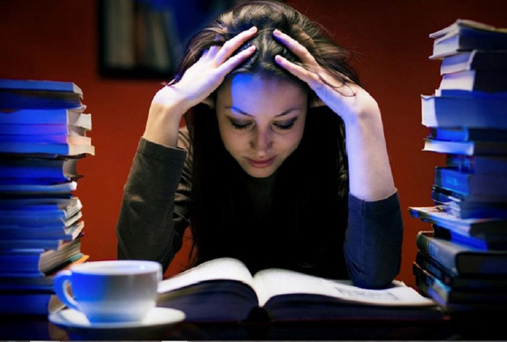 Thức khuya rất có hại cho sức khỏe