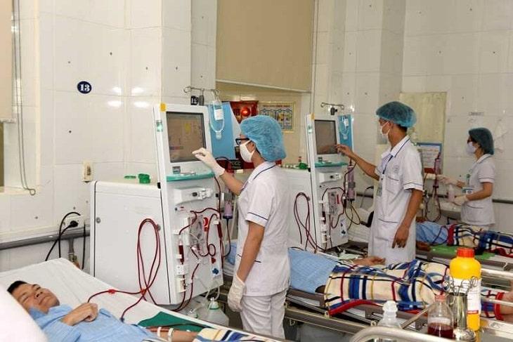 Suy thận phải lọc máu khi chức năng lọc máu của thận bị suy giảm