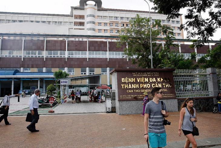 Người bệnh có thể khám bệnh tại bệnh viện Đa khoa TP Cần Thơ
