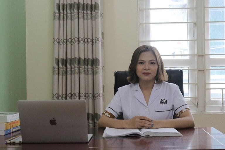 Bác sĩ Trần Thị Oanh là người trực tiếp điều trị cho chị Lan