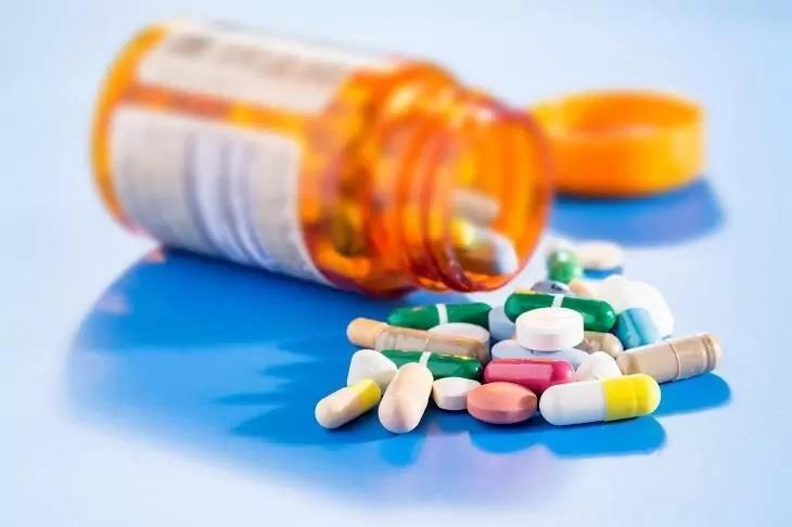 Điều trị bằng thuốc cho những bệnh nhân bị suy thận ở giai đoạn nhẹ