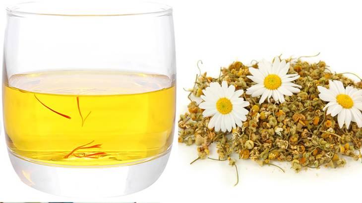 Sử dụng hoa cúc trong công thức trà này sẽ mang lại nhiều lợi ích đặc biệt là với người thường xuyên mất ngủ