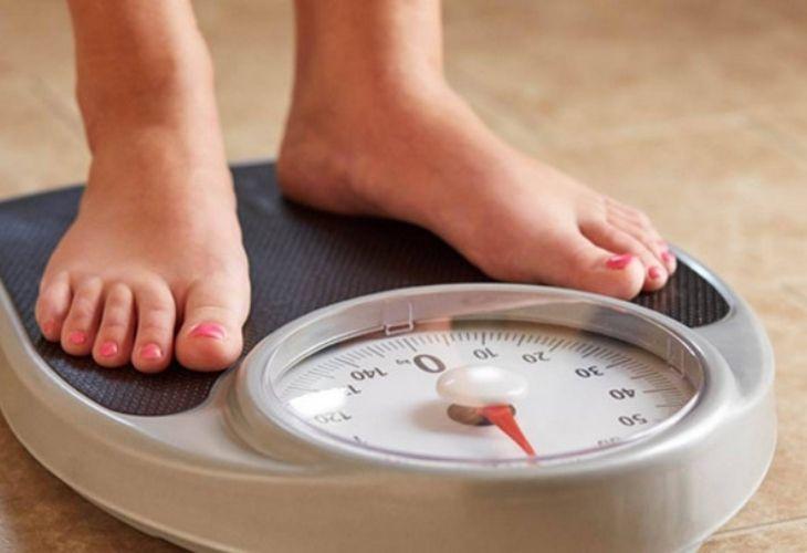 Rối loạn nội tiết là một trong những nguyên nhân gây tăng cân ở phụ nữ