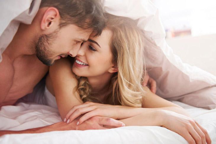 Sinh hoạt tình dục khoa học, điều độ để cải thiện sức khỏe sinh lý của phụ nữ