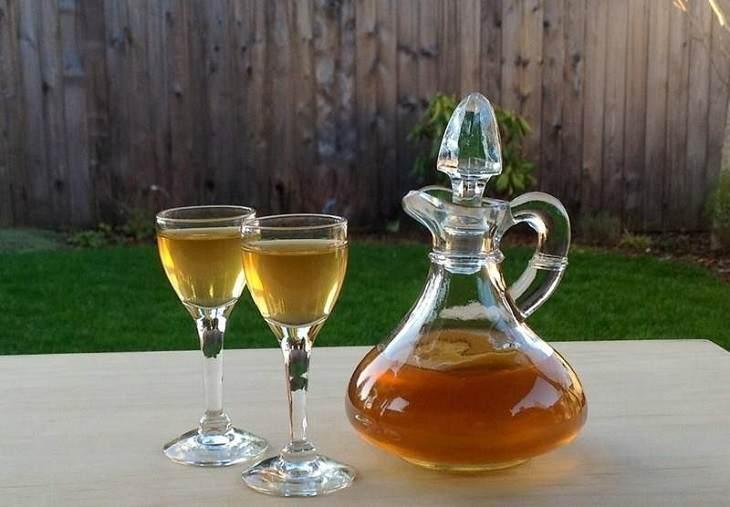 Rượu nhụy hoa nghệ tây mang nhiều công dụng