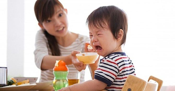 Trẻ biếng ăn, chậm lớn là thực trạng đáng lo ngại ở Việt Nam