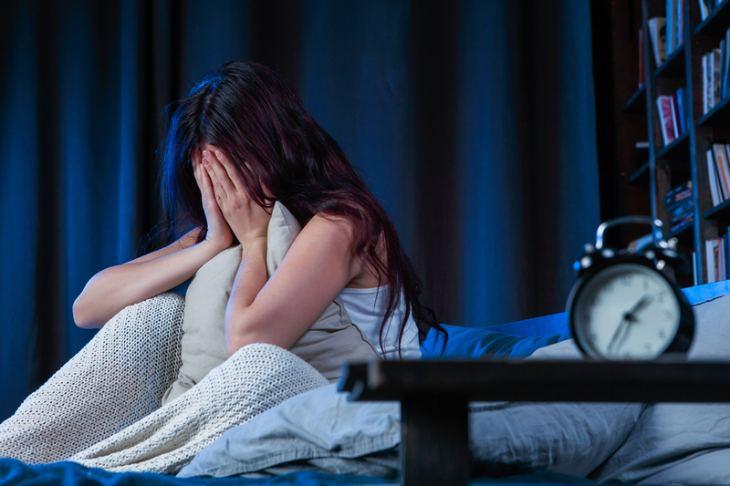 Người bị mất ngủ nên dùng cao ban long